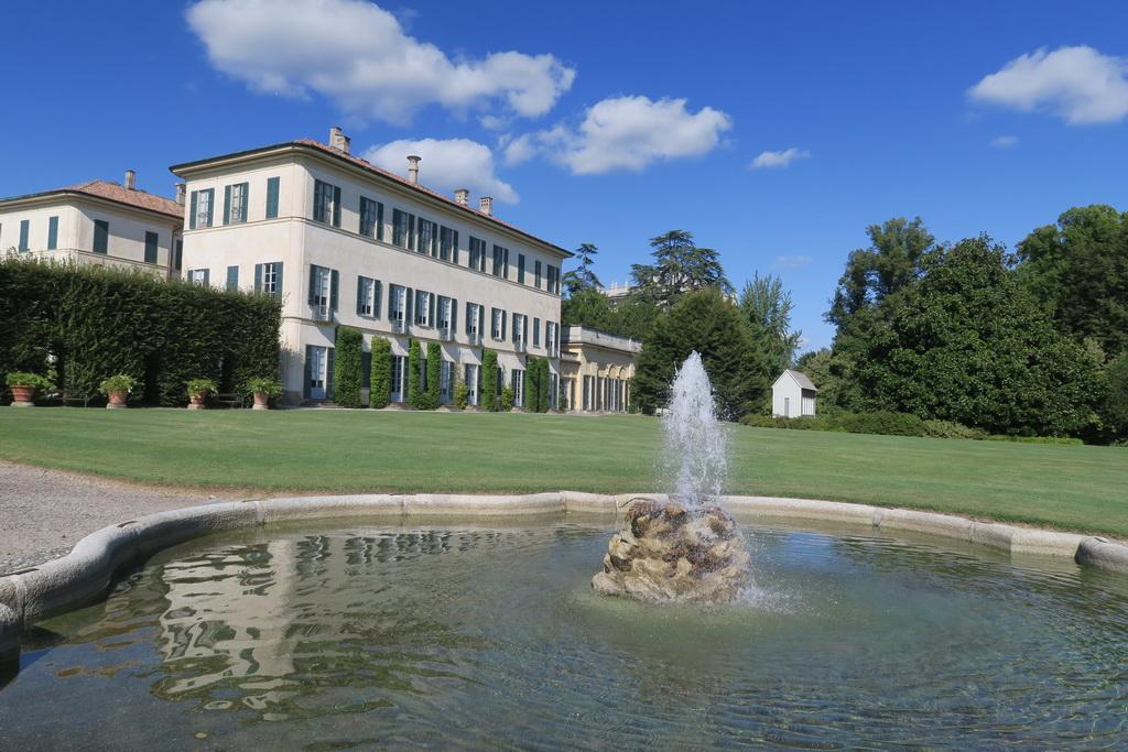 Ancora una visita di un luogo magico: Villa Panza di Biumo (VA)